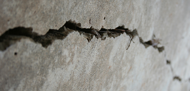 Cracked Foundation – Telling Between Structural and Non-Structural Cracks