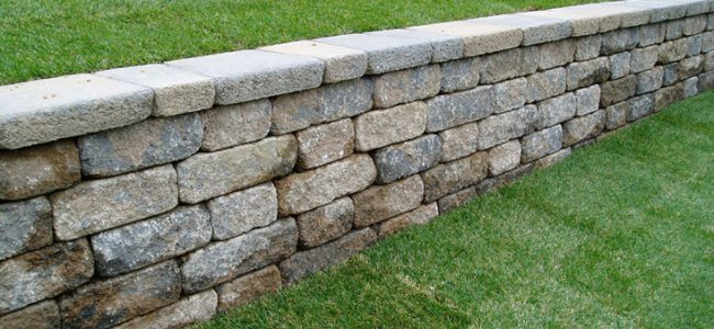 5 Reasons to Erect Retaining Walls on Your Property
