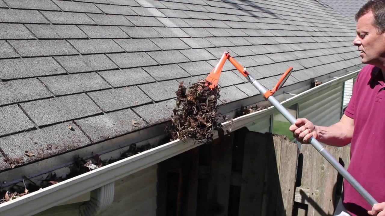 How Cleaning Gutters Can Prevent Basement Seepage | Long Island, NY